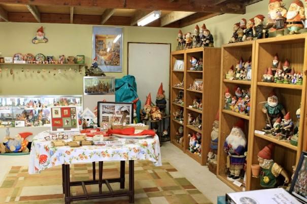 california-auburn-gnome-habitat-interior2