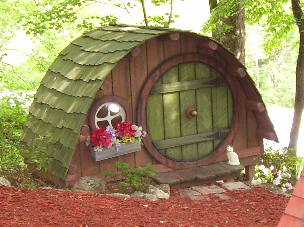 Sleepy hollow blairsville ga for Whimsical playhouses