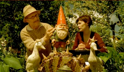 texas-southlake-travelocity-gnome-amelie-grave