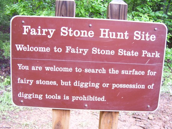 virginia-fairy-stone-hunt