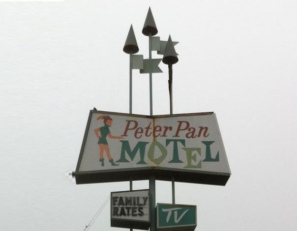 california-anaheim-peter-pan-motor-lodge-santa-cruz-sign