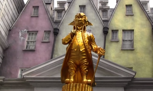 florida-orlando-harry-potter-world-gringotts-bank-statue-2