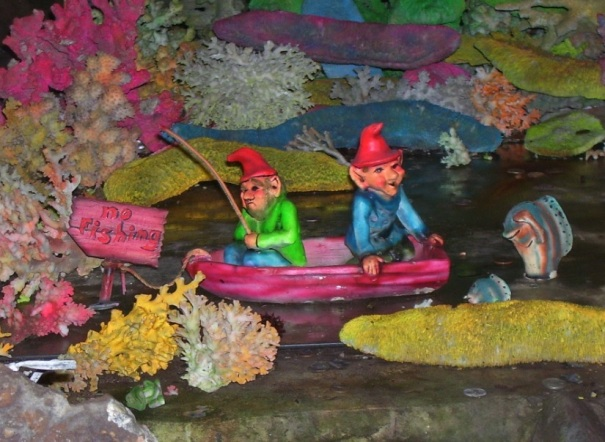 georgia-rock-city-gnomes-fishing