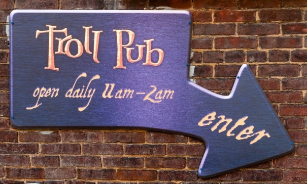 kentucky-louisville-troll-pub-sign-down
