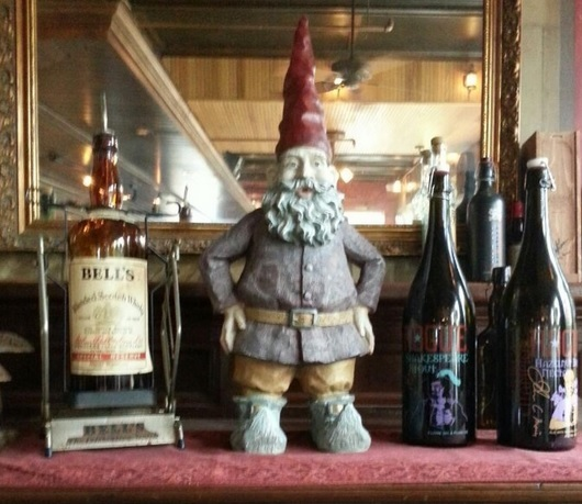 minneapolis-st-paul-the-happy-gnome-mantel