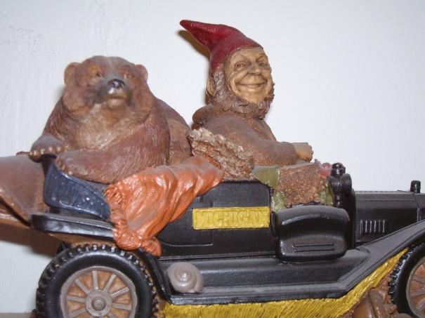 north-carolina-tom-clark-museum-gnome-car
