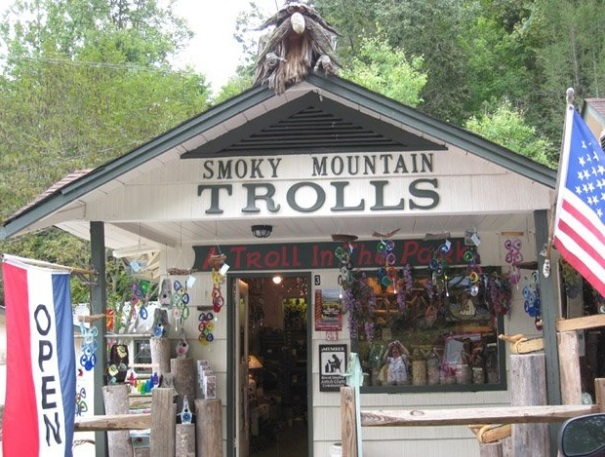 tennessee-crosby-5-arts-studio-troll-park-building