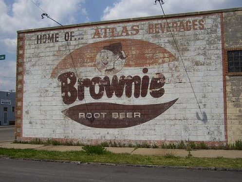 michigan-detroit-brownie-root-beer-sign
