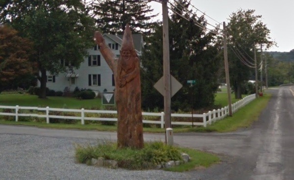 pennslyvnia-kutztown-gnome-statue-totem-2