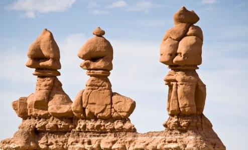 utah-goblin-valley-state-park-goblins-4