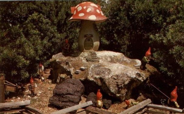 florida-busch-gardens-dwarf-village
