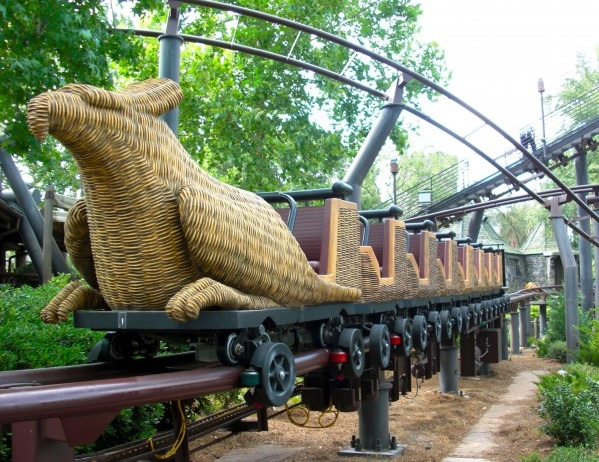 florida-orlando-flying-unicorn-car-hippogriff