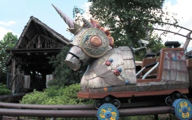 florida-orlando-flying-unicorn-car