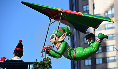 new-york-macys-parade-flying-elf-2011