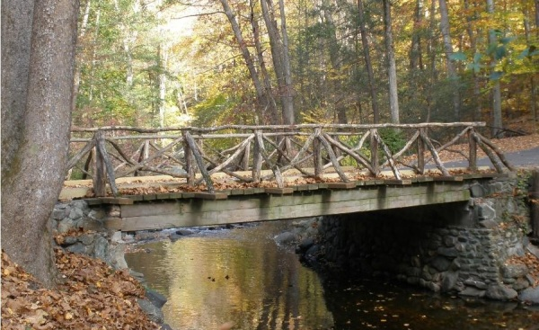 new-york-sleepy-hollow-headless-horseman-bridge