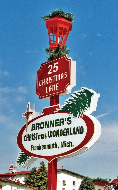 michigan-frankenmuth-bronners-christmas-wonderland-address