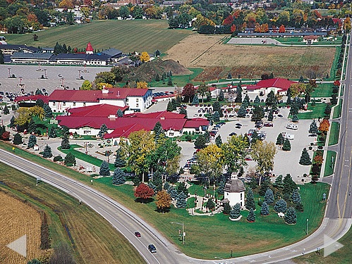 michigan-frankenmuth-bronners-christmas-wonderland-aerial
