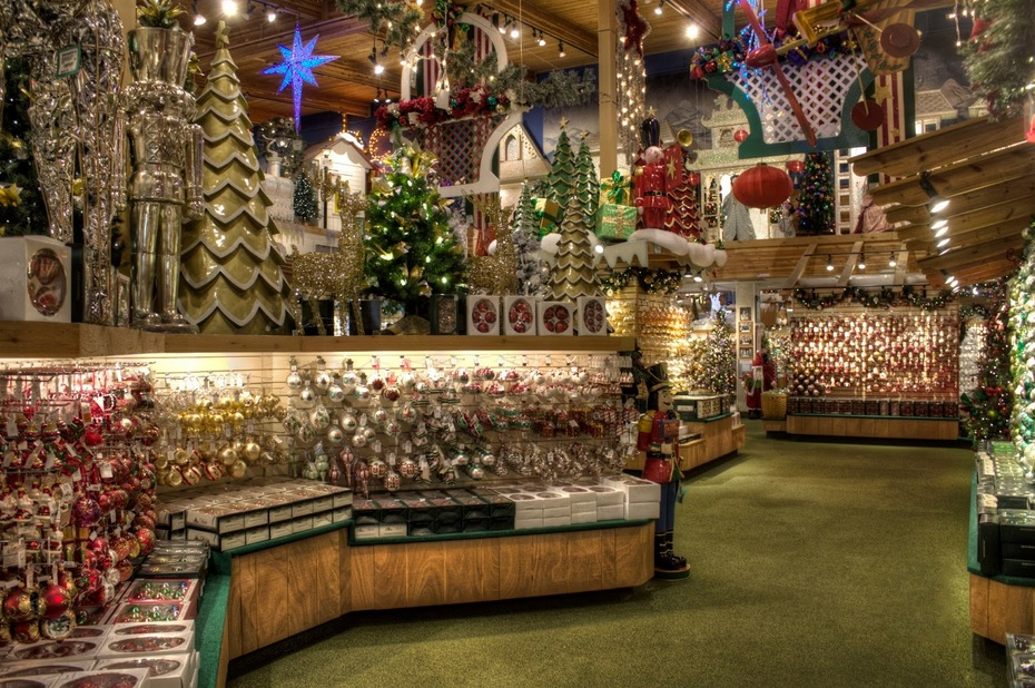 michigan frankenmuth bronners christmas wonderland decorations
