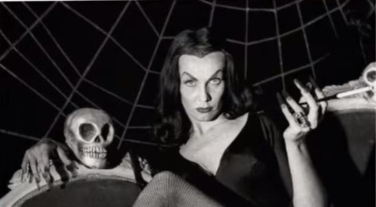 california-hollywood-vampira-skull