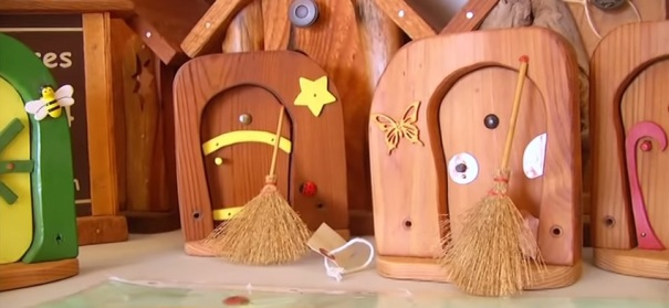 canada-nanaimo-gnome-homes-examples