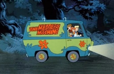 fictional-locations-scooby-gang-mystery-machine-2