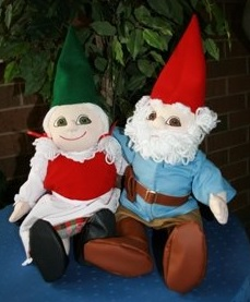 illinois-joliet-gnome-festival-dolls